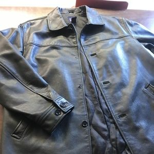 Gap Mens size large heavy lined leather coat